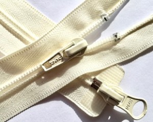Ivory #5 2-way Separating Zipper